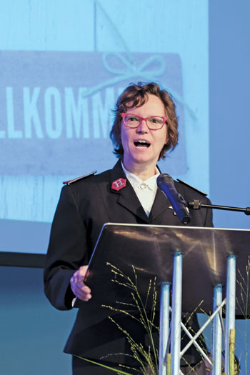 Lt-Col Marsha-Jean speaks at a welcome service for incoming Comr Marie Willermark, TC, Germany, Poland and Lithuania Tty