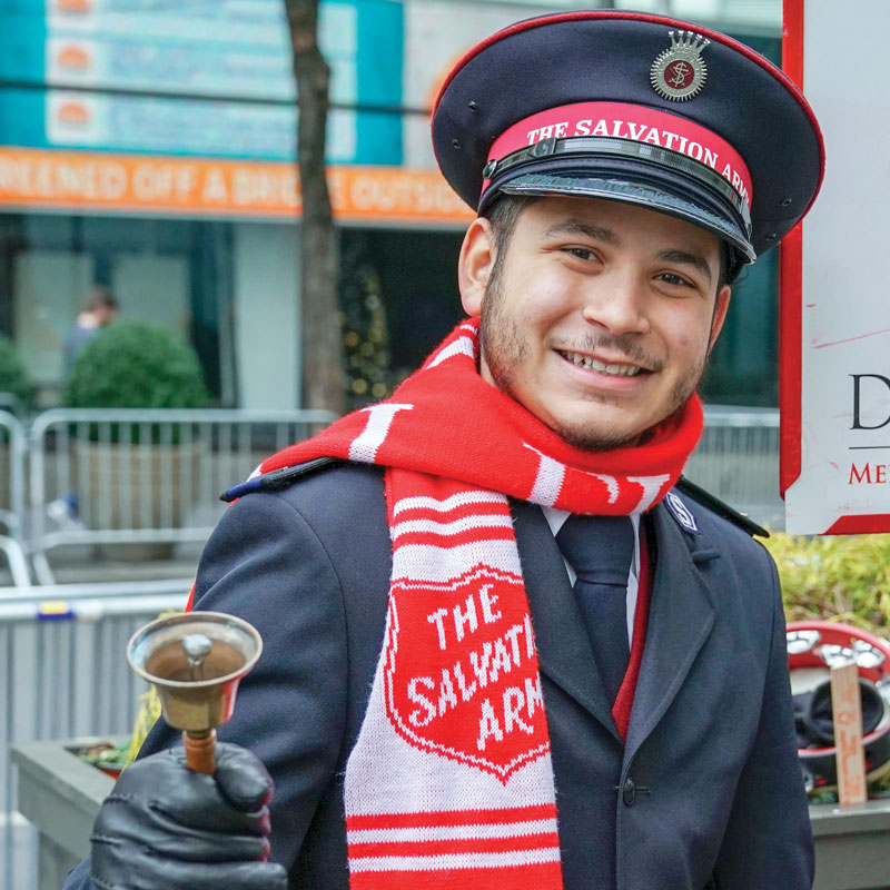 A Salvation Army bell-ringer (Photo: © zhukovsky/depositphotos.com)