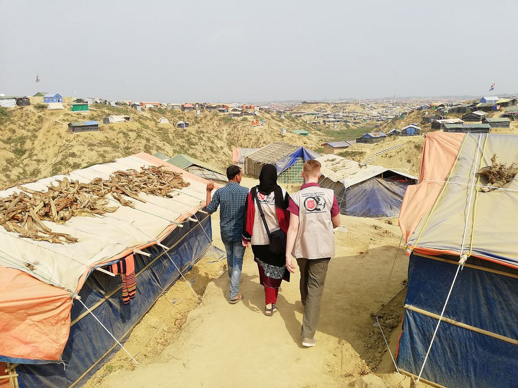 Salvation Army workers assess Rohingya refugee needs in Bangladesh