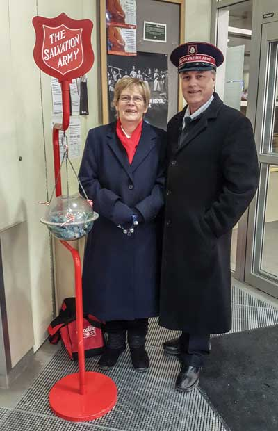 Cols Graves support the Christmas kettle effort in Toronto