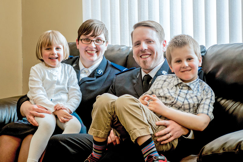 Cdts Renee and Bill Mailman with their children, Lydia and Benjamin (Photo: Cdt Joel Torrens)